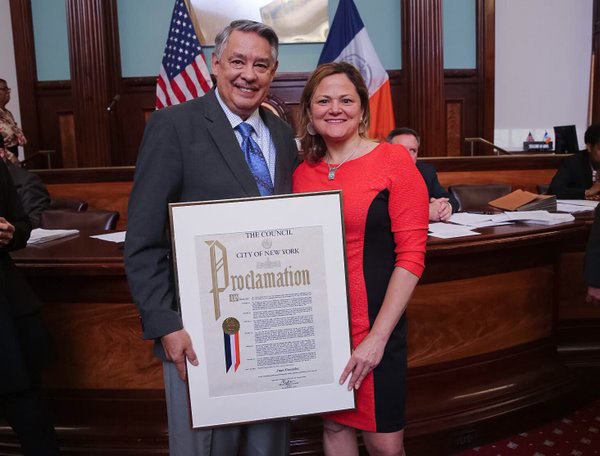 New York Daily News columnist and author Juan Gonzalez receives a proclamation from the City Council Speaker Melissa Mark-Viverito on April 20. Gonzalez retired from the Daily News to teach at Rutgers University. Photo by Will Alatriste