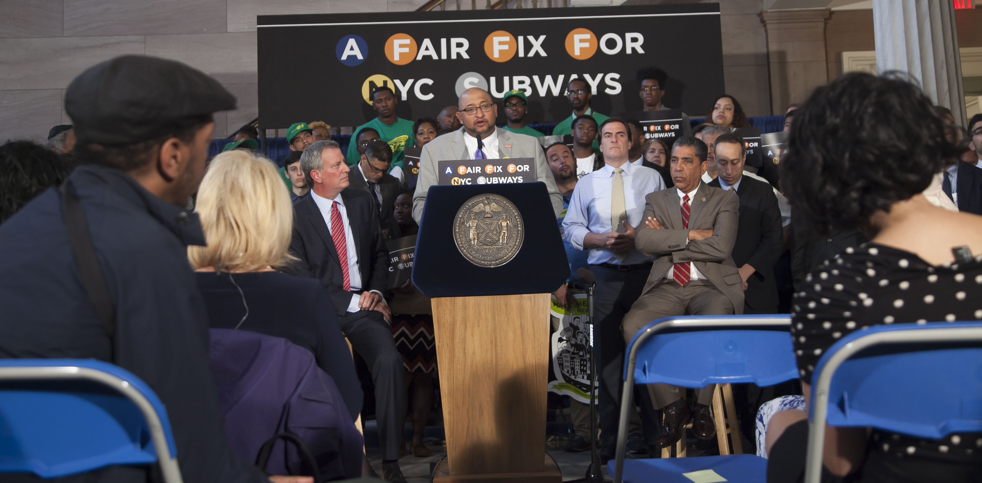 Union Backs Mayor de Blasio's Plan to Tax the Wealthy to Fix the City's Troubled Subway System